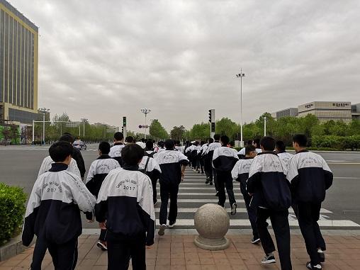 沧州一中组织学生参观沧州市博物馆